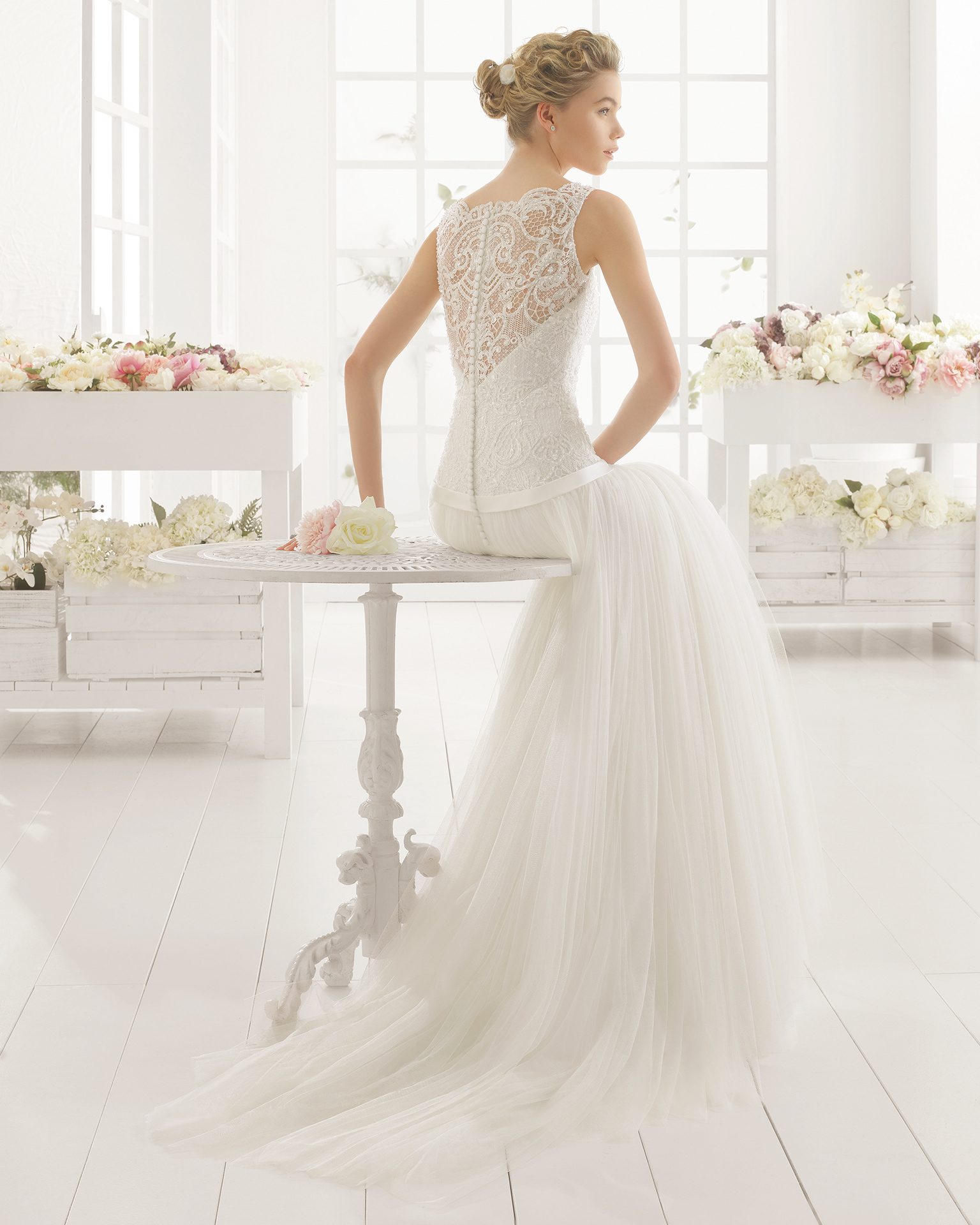 MAGNOLIA beaded guipure and tulle wedding dress.