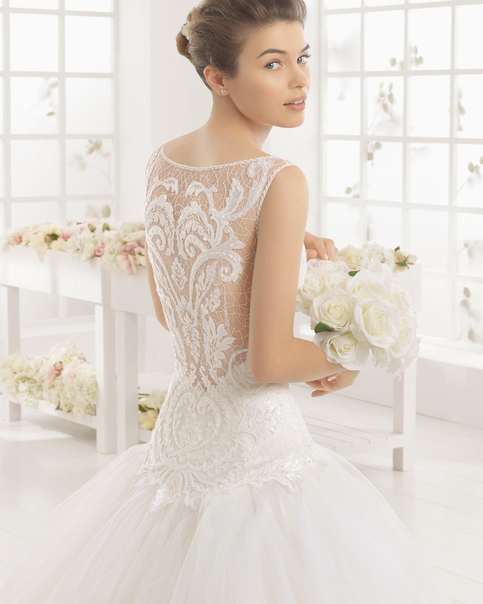 MELANI wedding dress - Aire Barcelona 2016.