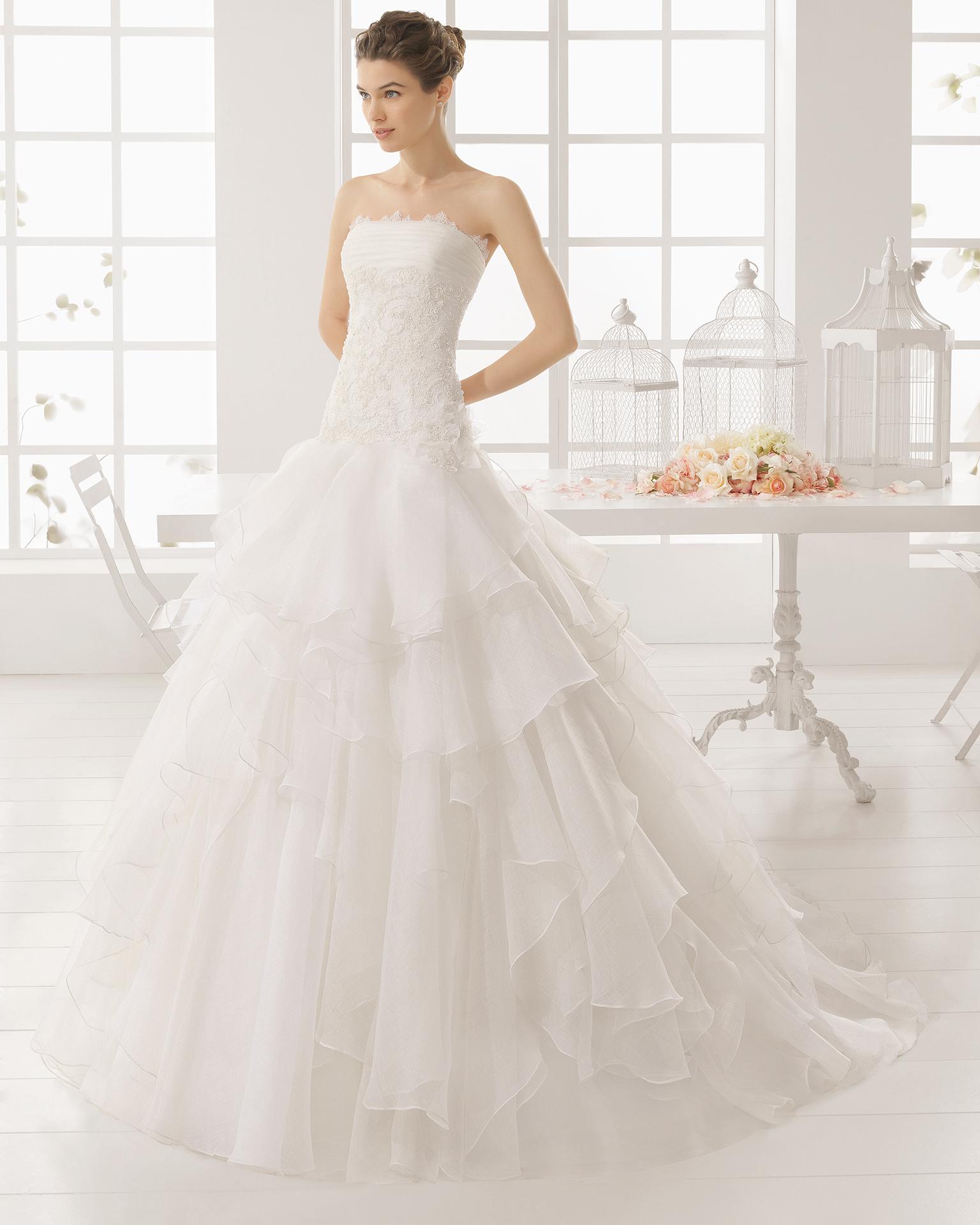 MELINA wedding dress - Aire Barcelona 2016.