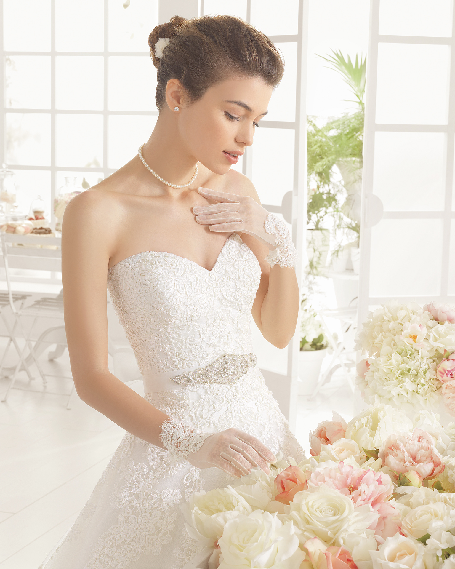 MIXTO beaded guipure wedding dress.