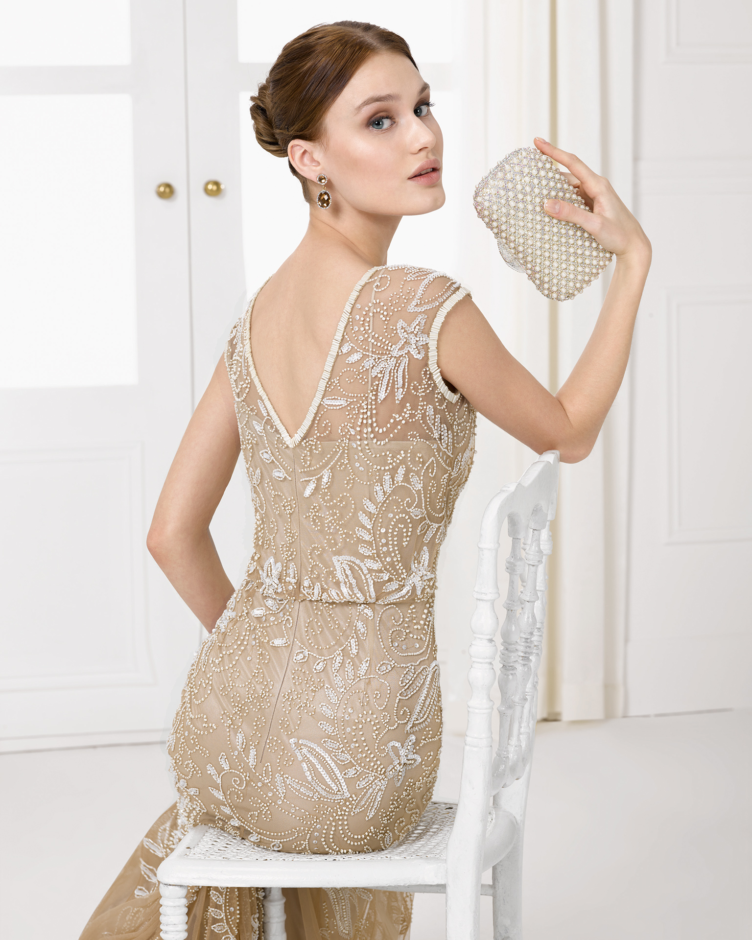 9U2C7 - Beaded cocktail gown.