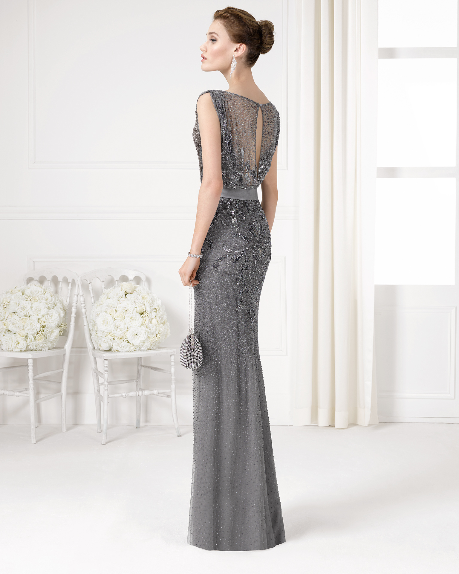 9U2E2 - Beaded cocktail gown.