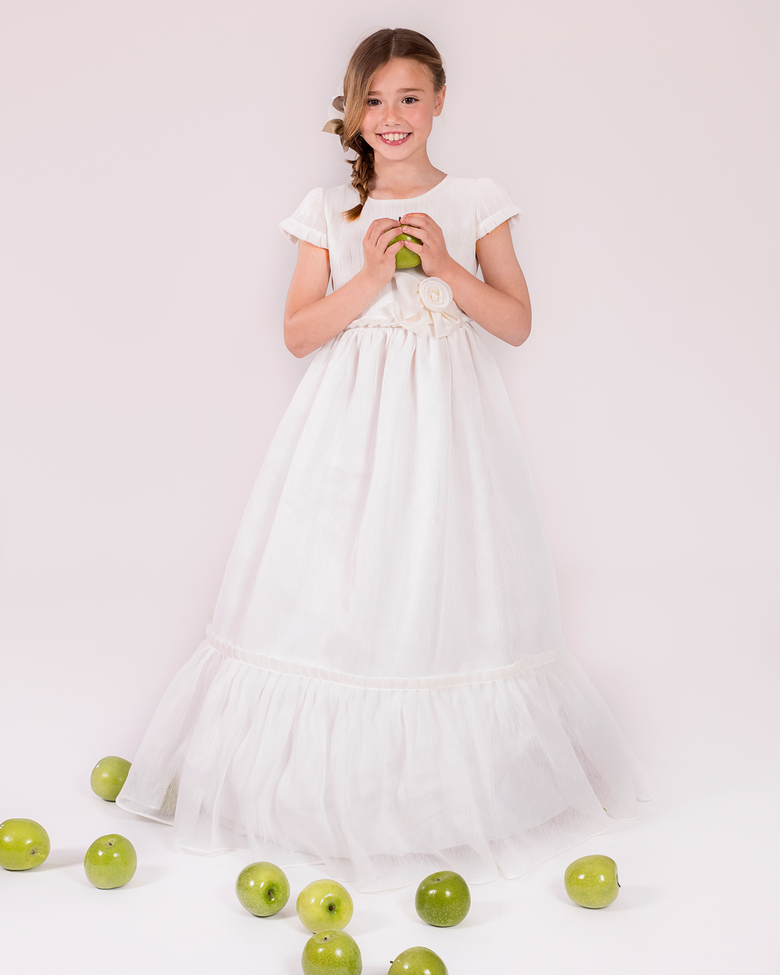 90147 ballgown-style First Communion dress