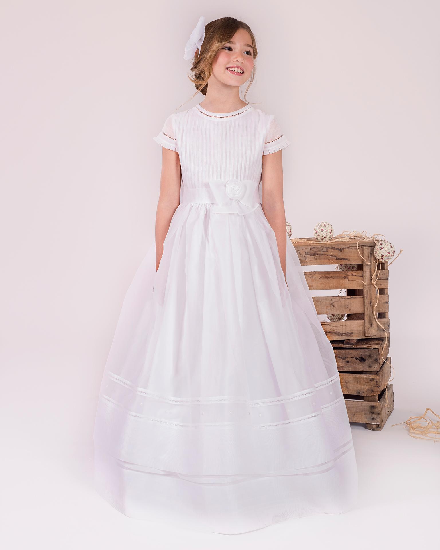 90148 rochie pentru prima comuniune cu croială evazată