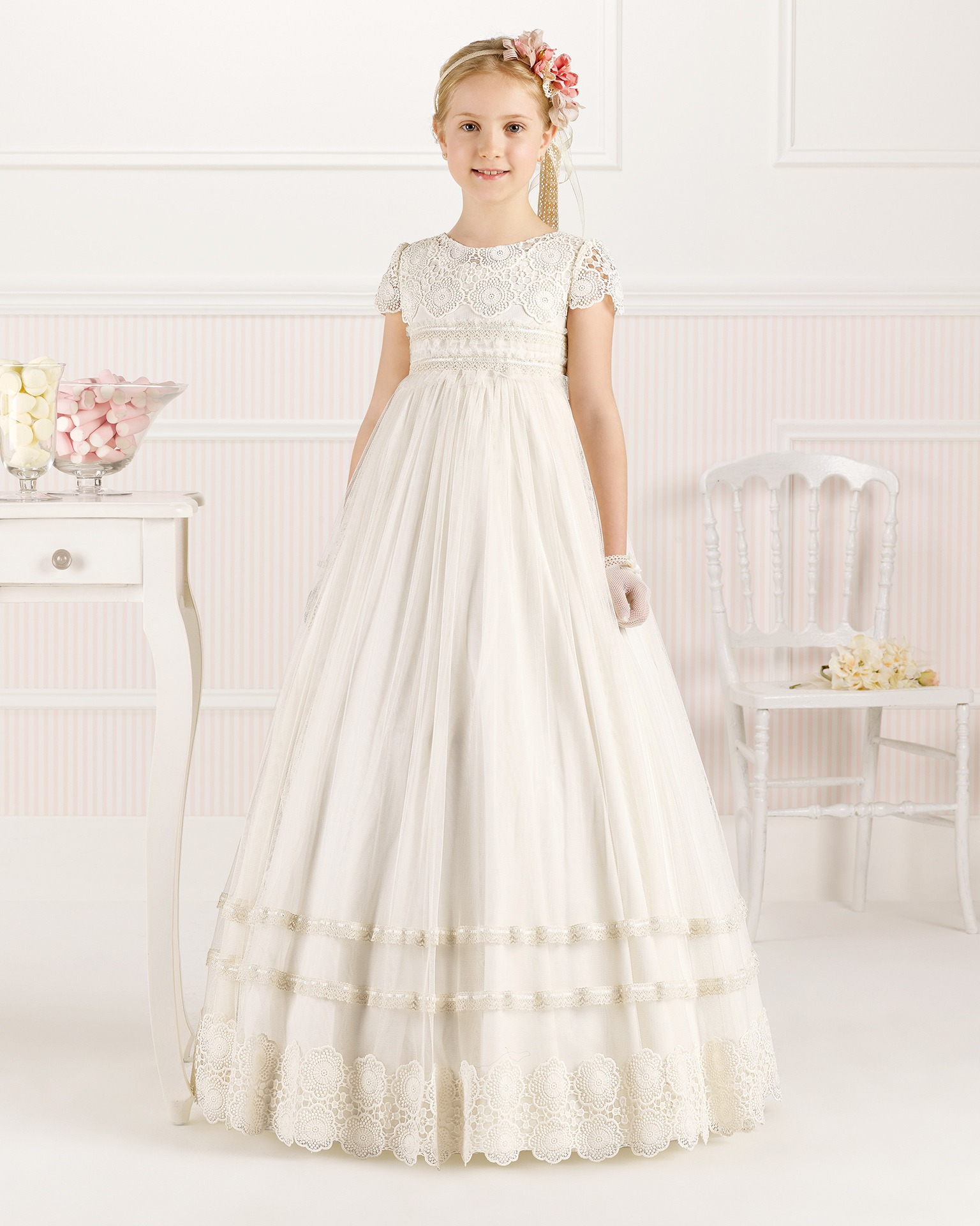 9O103 ballgown-style First Communion dress