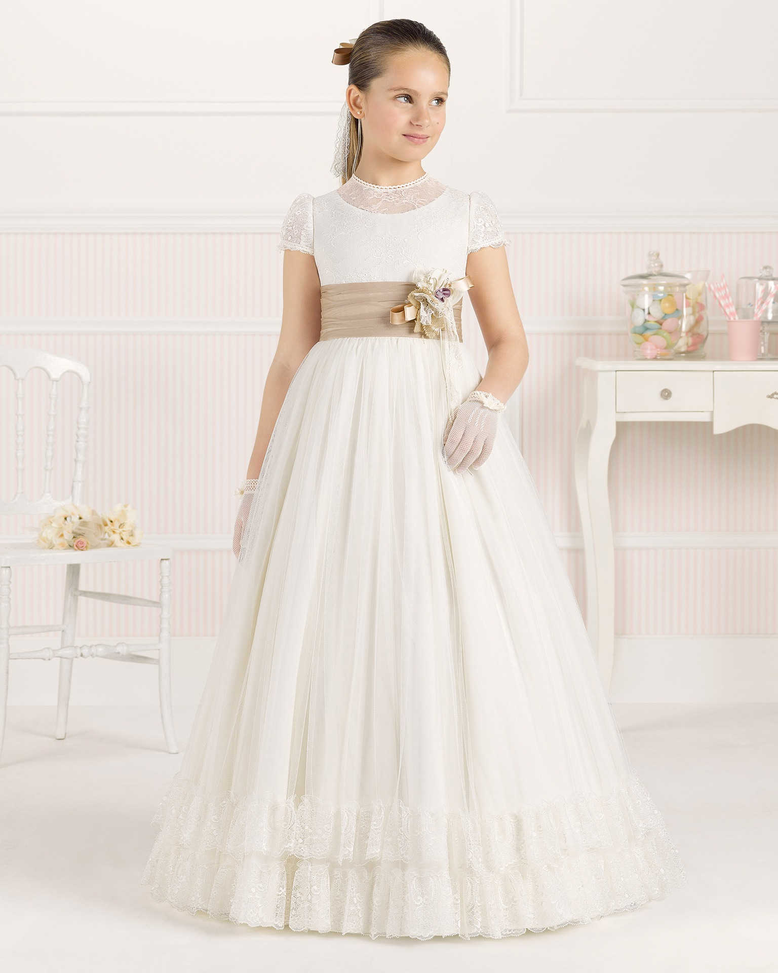 9O104 ballgown-style First Communion dress