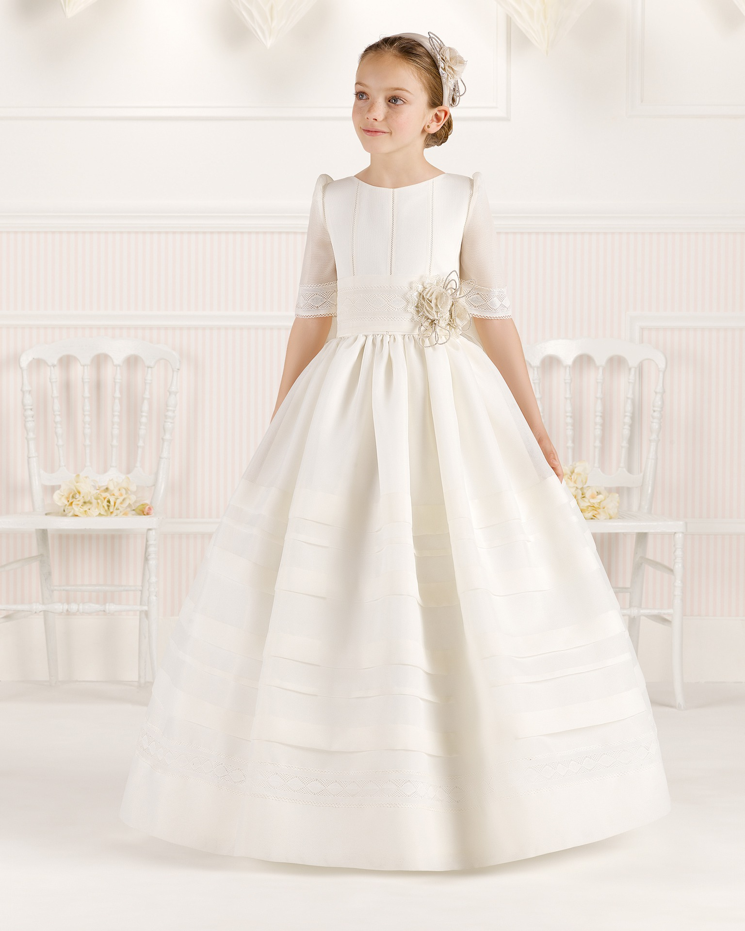 9O110 ballgown-style First Communion dress