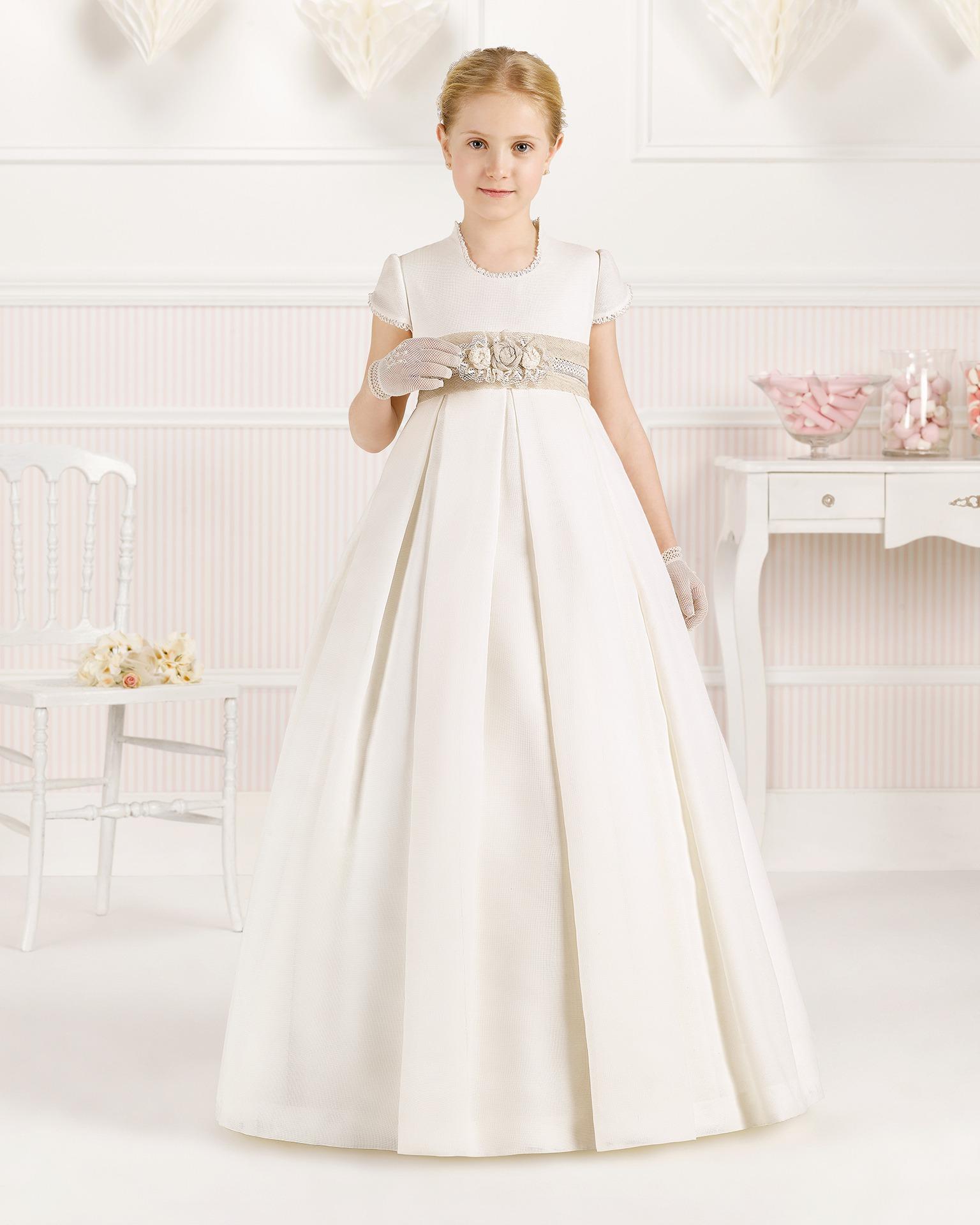 9O114 rochie pentru prima comuniune cu croială evazată