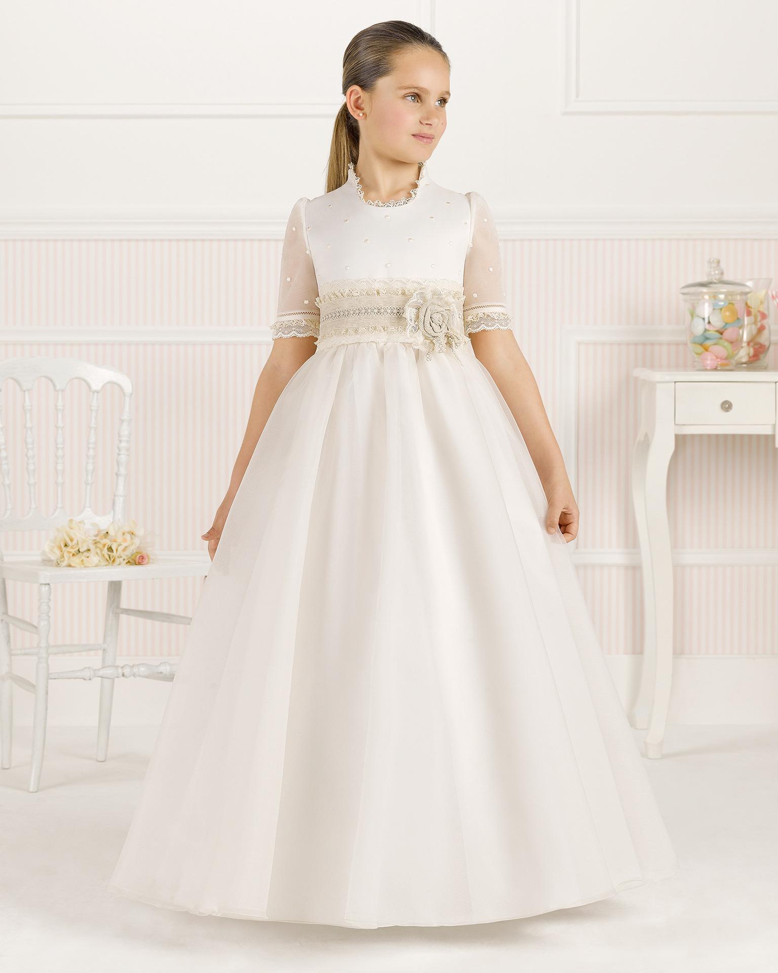 9O120 rochie pentru prima comuniune cu croială evazată