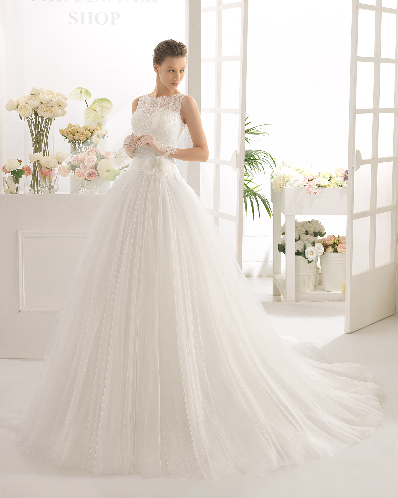 CAPITOL wedding dress - Aire Barcelona 2017