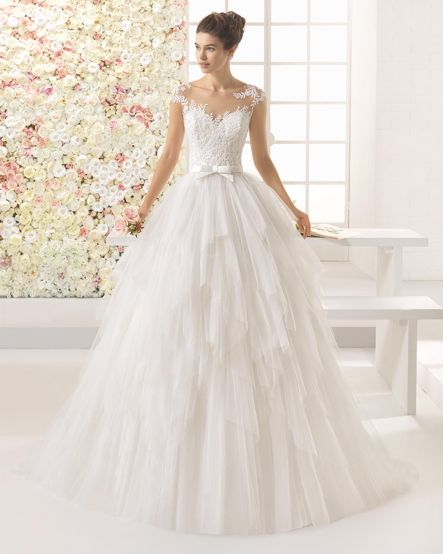 CAYETANA vestido de novia Aire Barcelona 2017