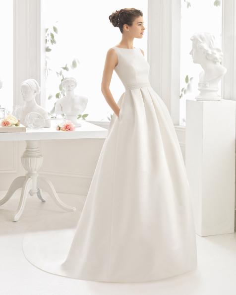 CHARLOTE robe de couture en satin duchesse / ottoman.