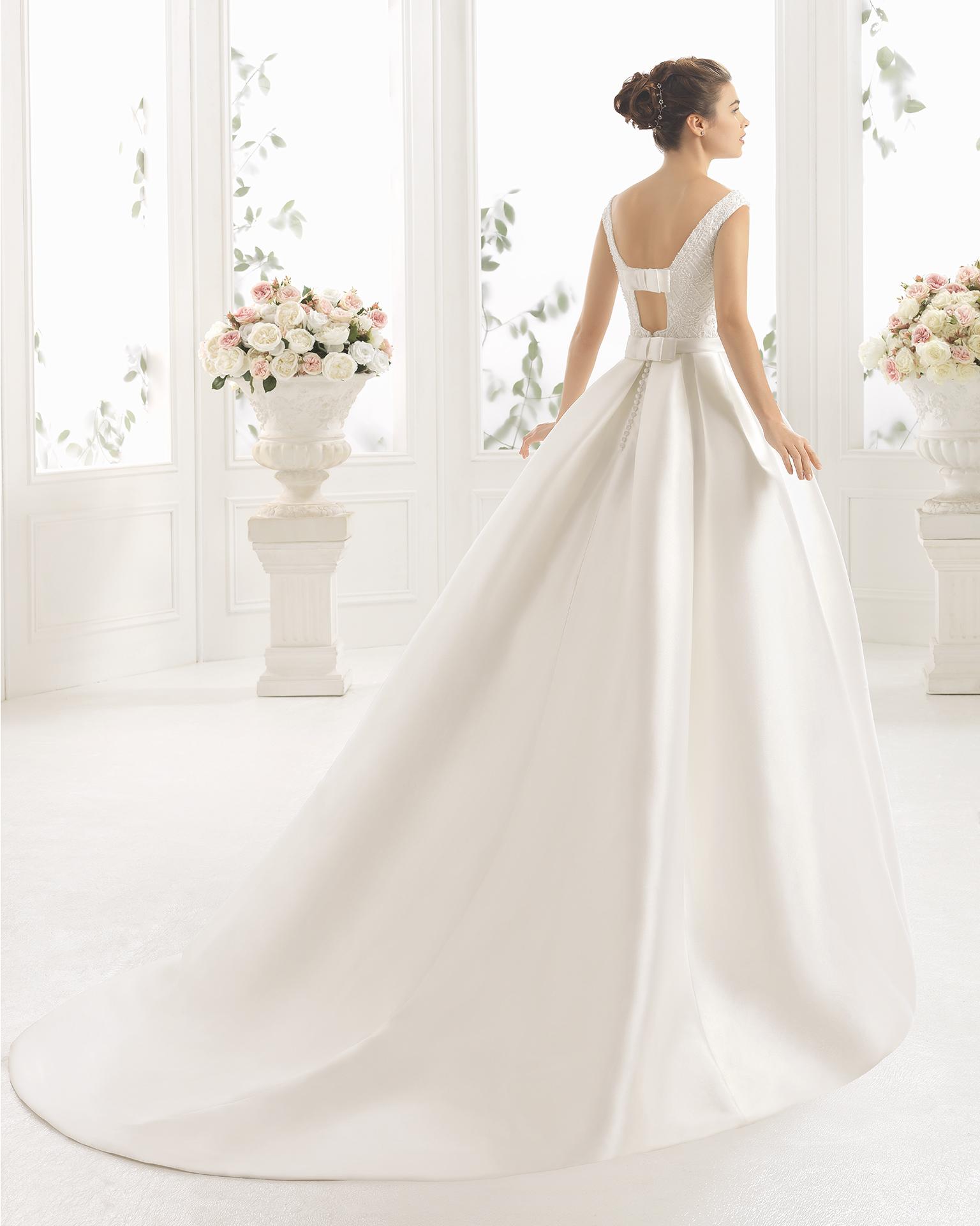 CIARA vestido de novia Aire Barcelona 2017