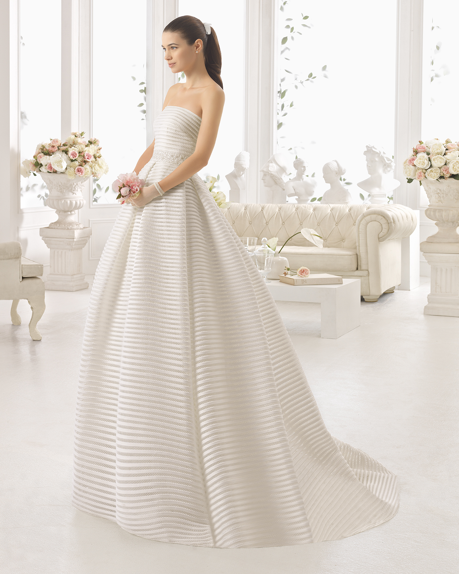 COBRE wedding dress - Aire Barcelona 2017