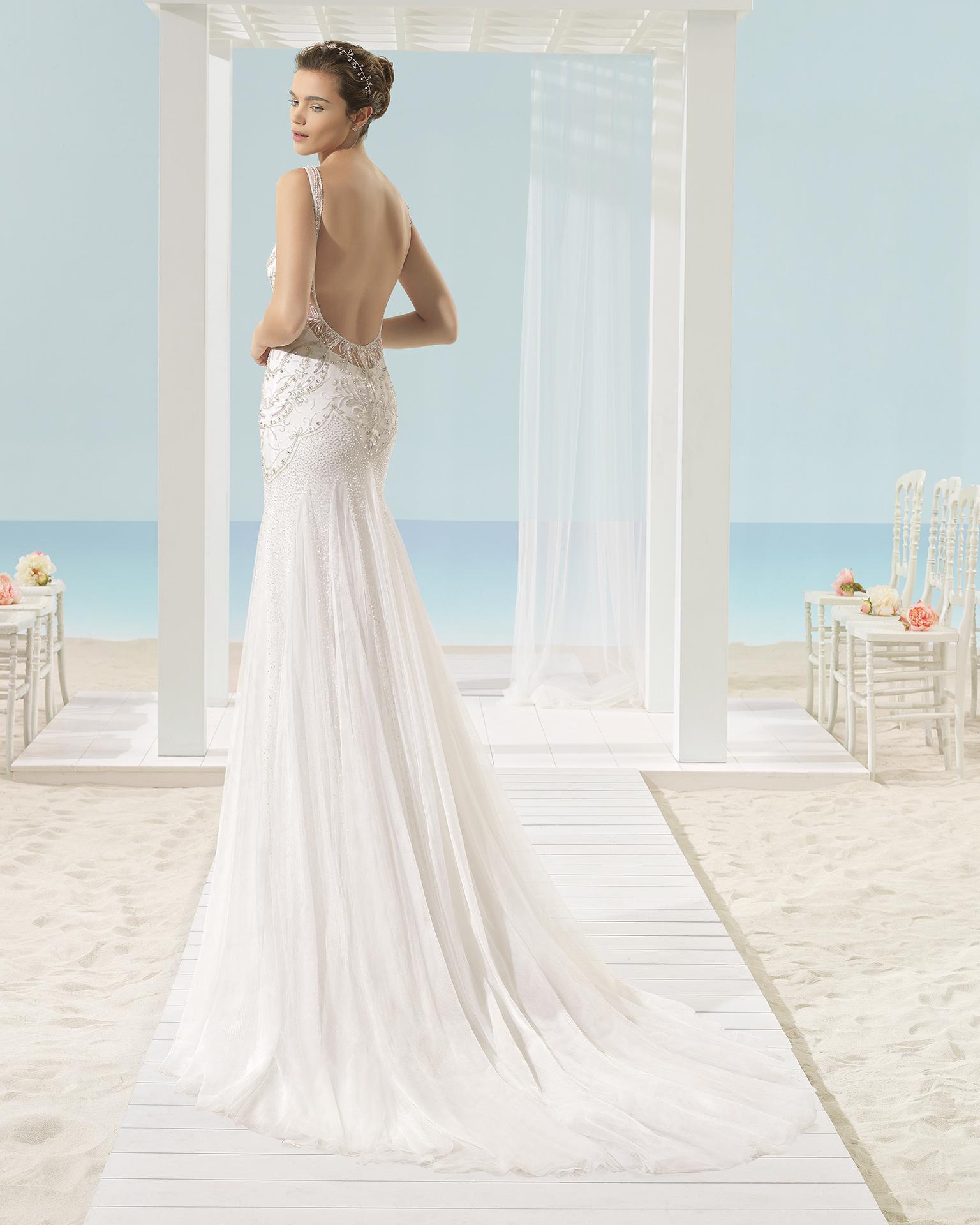 XACOB vestido de noiva Aire Barcelona Beach Wedding 2017