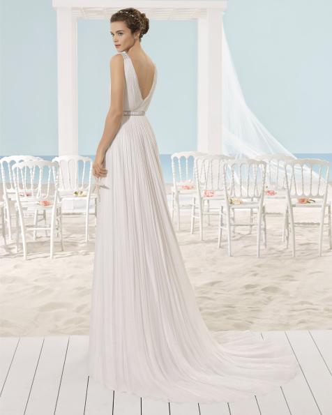 XARIA rochie vaporoasă din muselină de mătase.