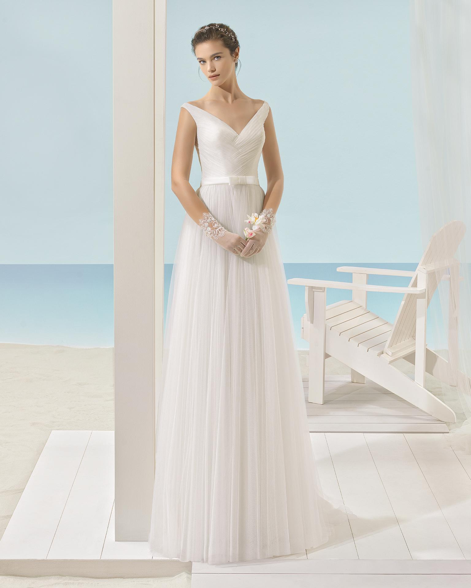 XENOR vestido de noiva Aire Barcelona Beach Wedding 2017