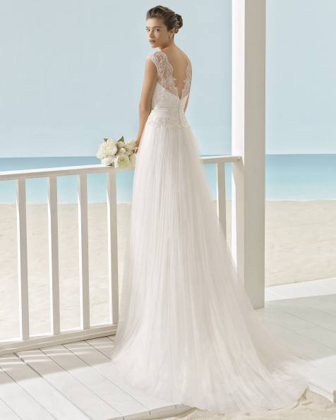 XIADA vestido de novia Aire Barcelona Beach Wedding 2017