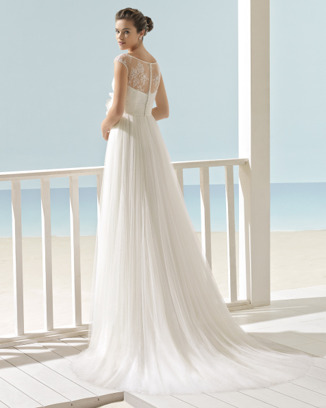 XIAN vestido de novia Aire Barcelona Beach Wedding 2017