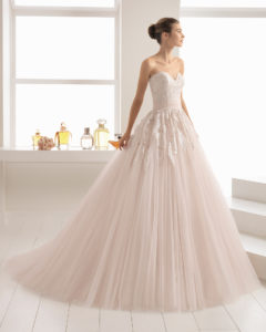 Vestidos de novia romanticos con encaje