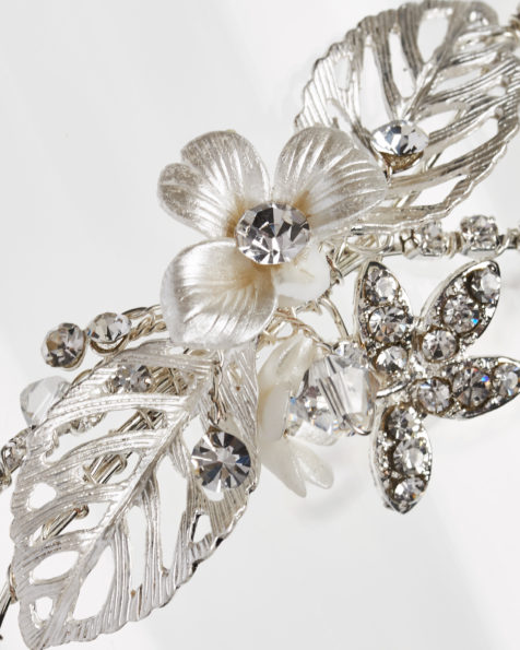 Metal and crystal bridal diadem, in silver. 2018  Collection.