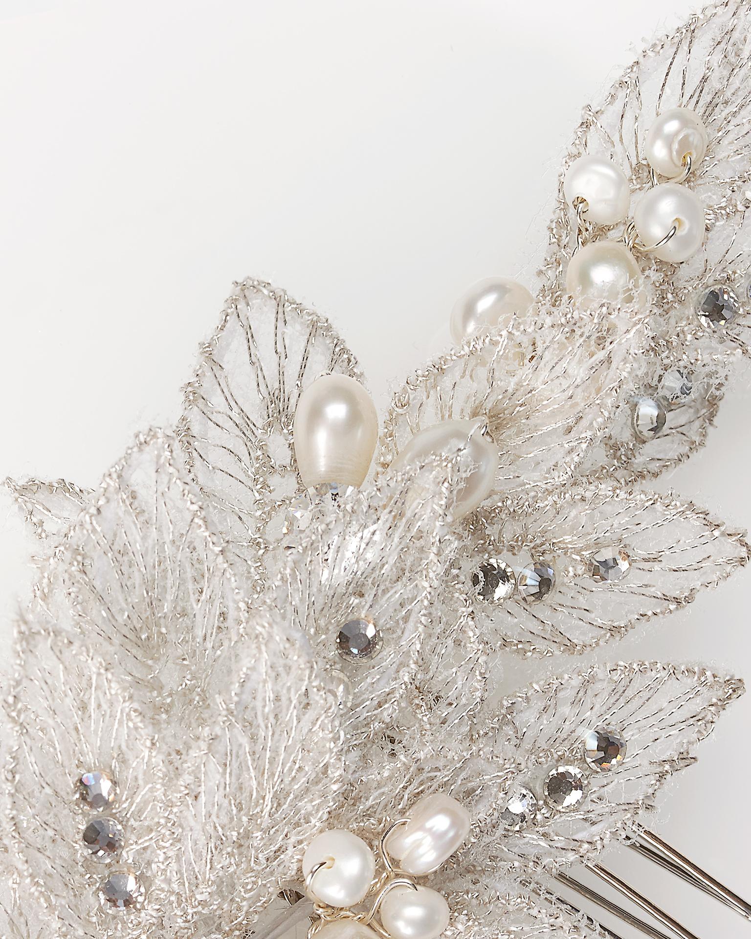 银色/米白色蕾丝和水晶新娘插梳套装(2 套)。  新品系列 2018.