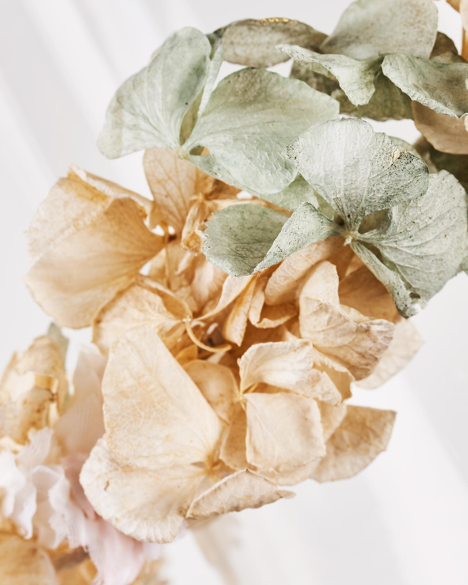 Coiffe couronne de mariée en organdi, multicolore. Collection  2018.