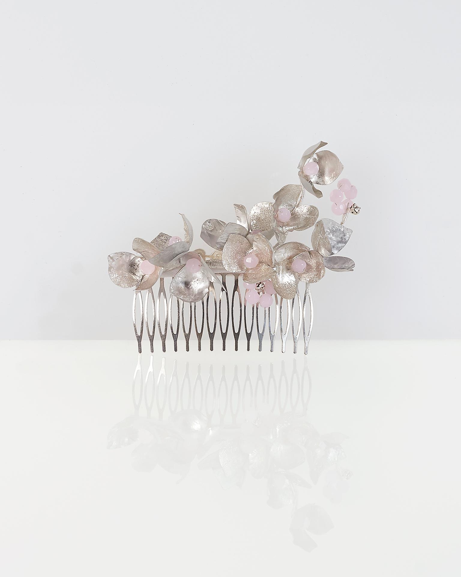 .2018 مجموعة فساتين  طرحة مشطيّة معدنية للزفاف، باللونين الفضي والوردي.