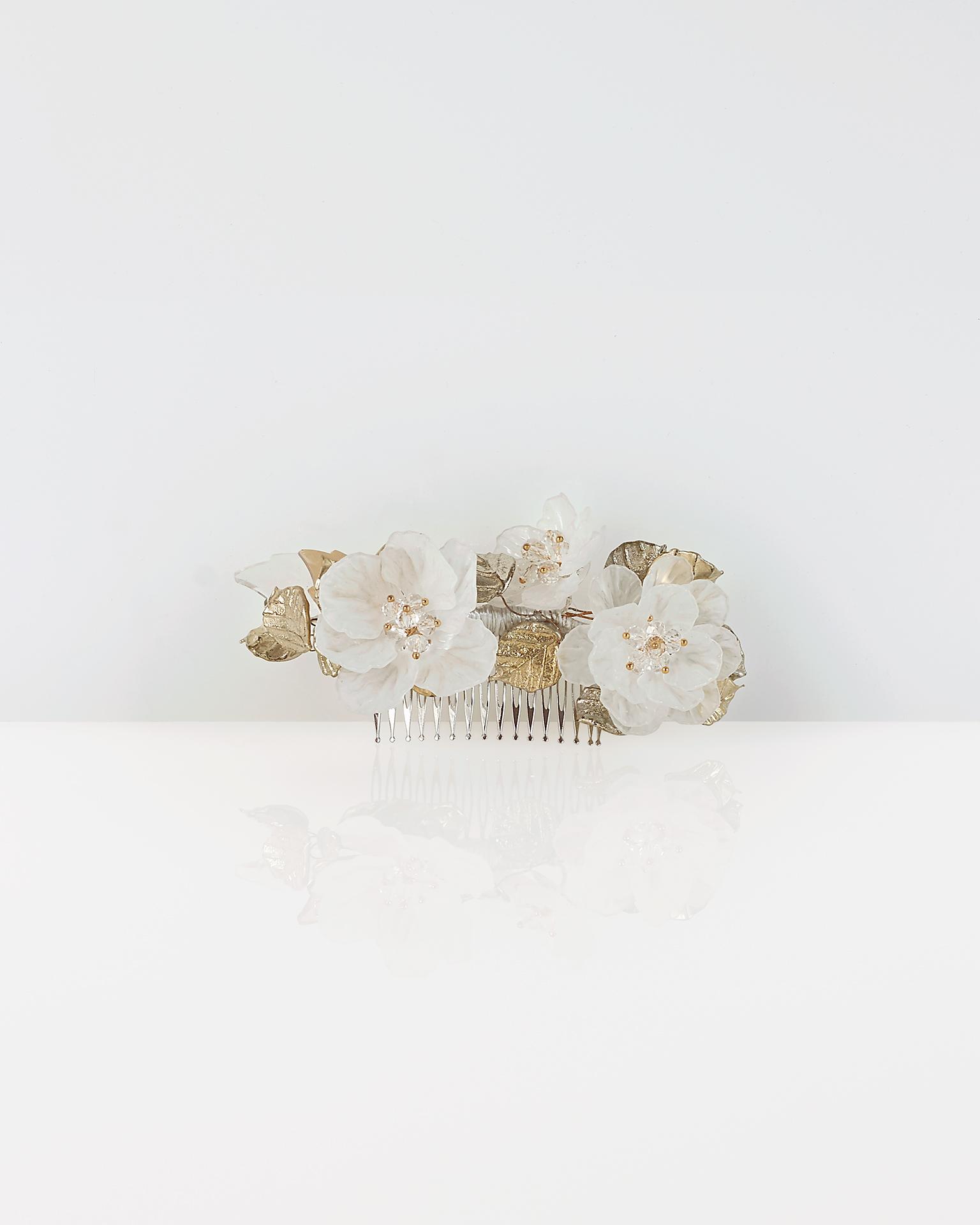 Crystal and metal bridal mantilla comb. 2018  Collection.