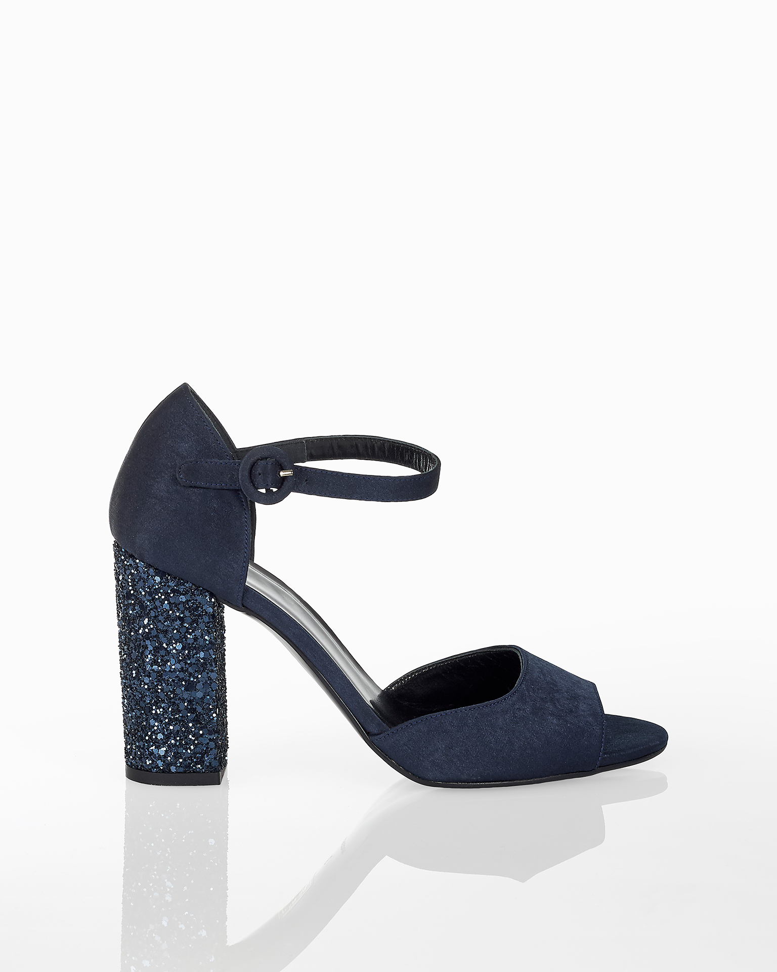 Satin cocktail sandals with closed glitter mid heel, available in a navy blue, lead and black. 2018 FIESTA AIRE BARCELONA Collection.