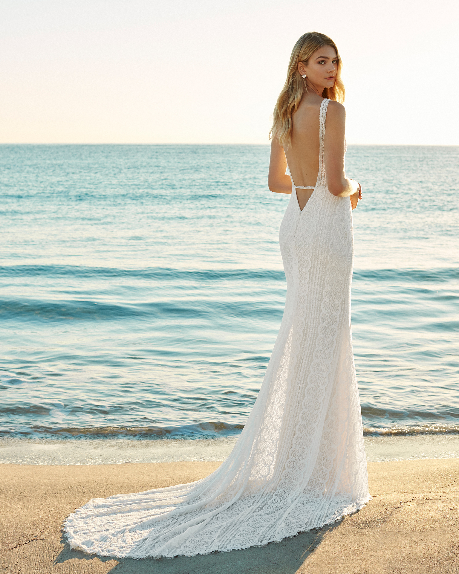 Simple Wedding Dresses 2019: Wedding Dresses - New 2019 Collections