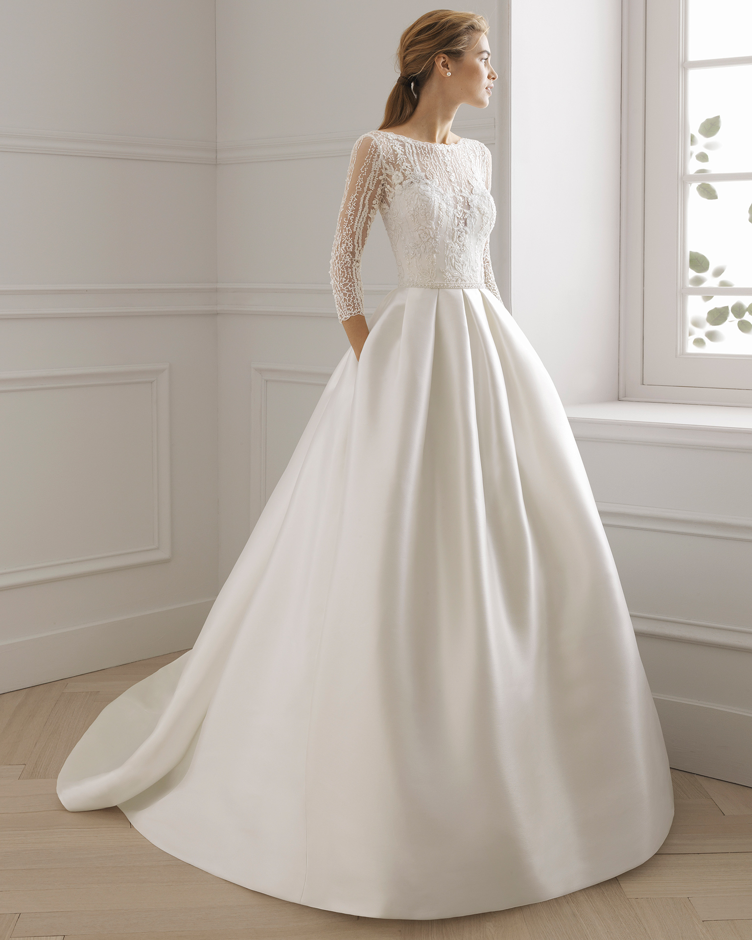 Bridal 2019. AIRE BARCELONA Collection