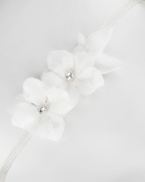 Bridal tiara with flowers and beadwork detail. Available in natural. 2019 MARTHA_BLANC Collection.