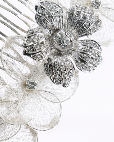 Bridal mantilla comb with metal metallic thread flowers and crystal detail. Available in silver. 2019 MARTHA_BLANC Collection.