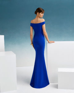Crepe cocktail dress. Off-the-shoulder neckline and flounce to one side. 2f2ea812e