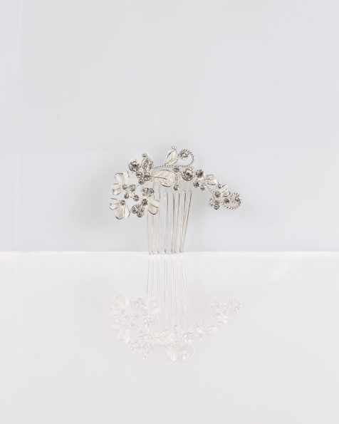 Flower and crystal mantilla comb, in silver. 2019 MARTHA_BLANC Collection.