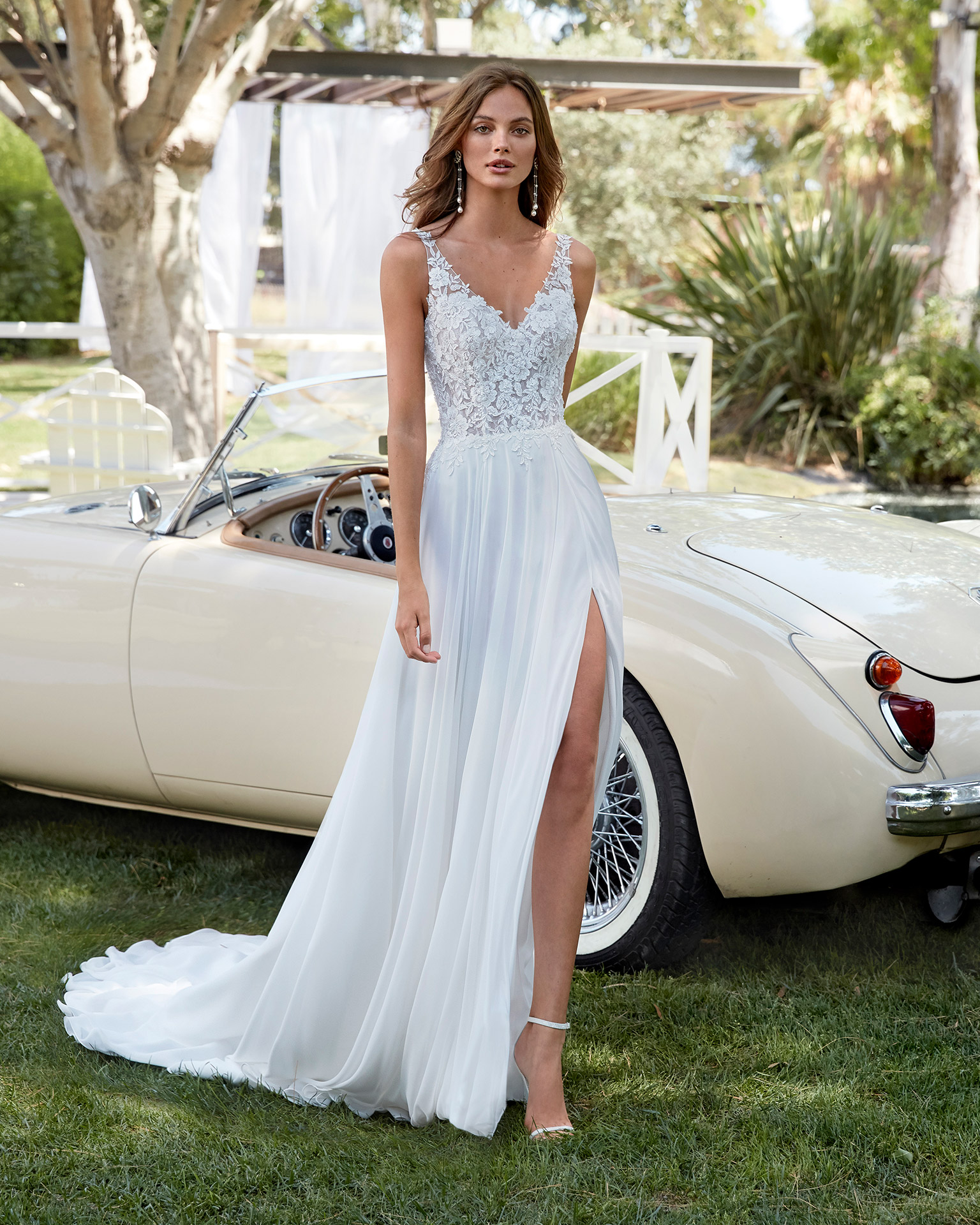 Cleveland Bridal 2021 Aire Royale Collection